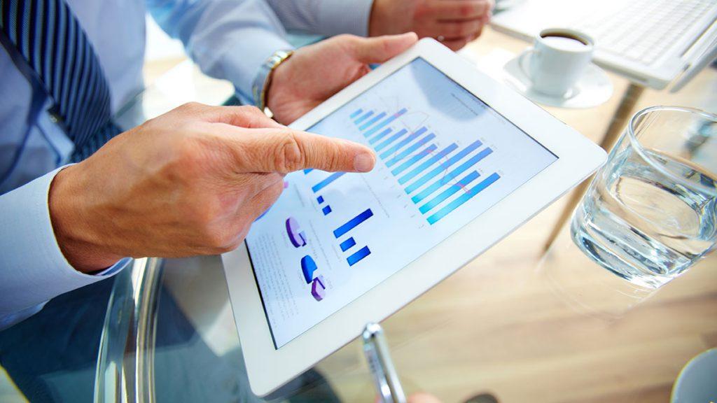 タブレットやスマートフォンなどのデジタル端末の導入による効率化